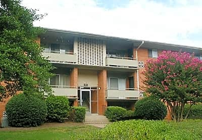 Photo: Richmond Apartment for Rent - $495.00 / month; 1 Bd & 1 Ba
