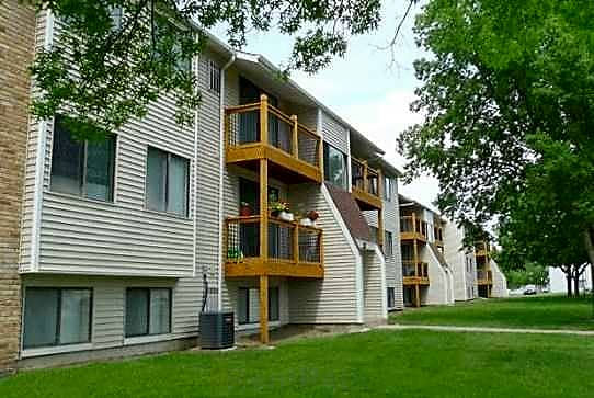 College Square Apartments for rent in Cedar Falls