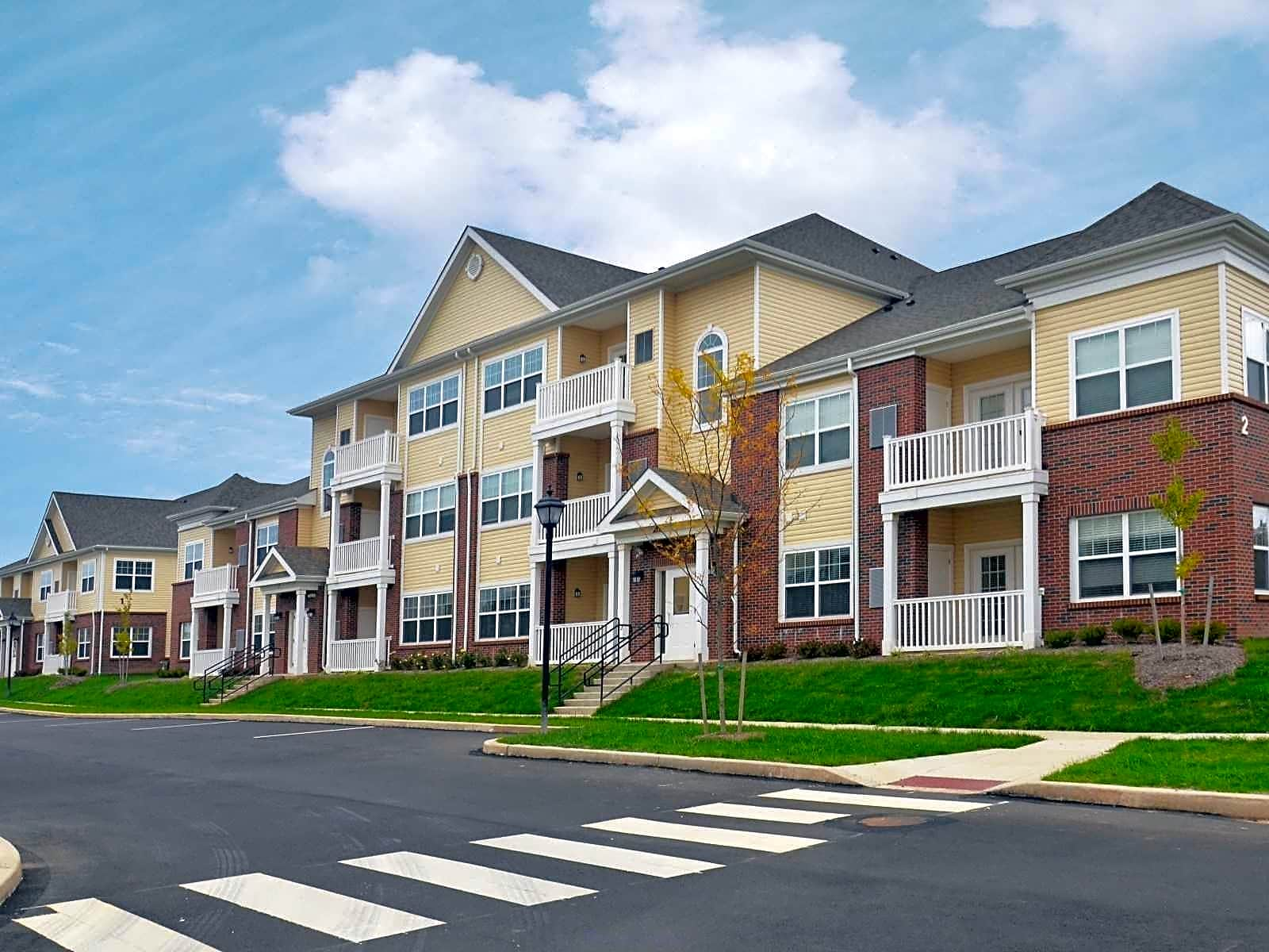 Log College Apartments Warminster Pa