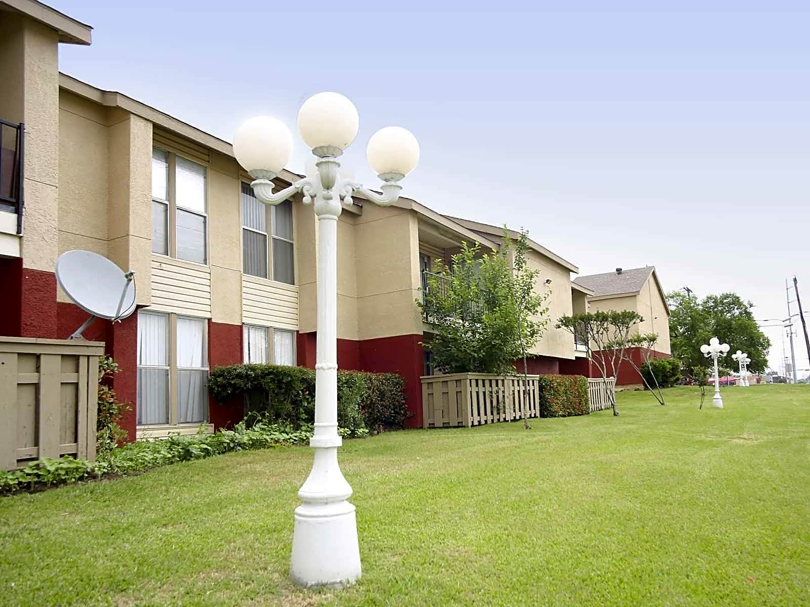Photo: Irving Apartment for Rent - $1030.00 / month; 3 Bd & 2 Ba