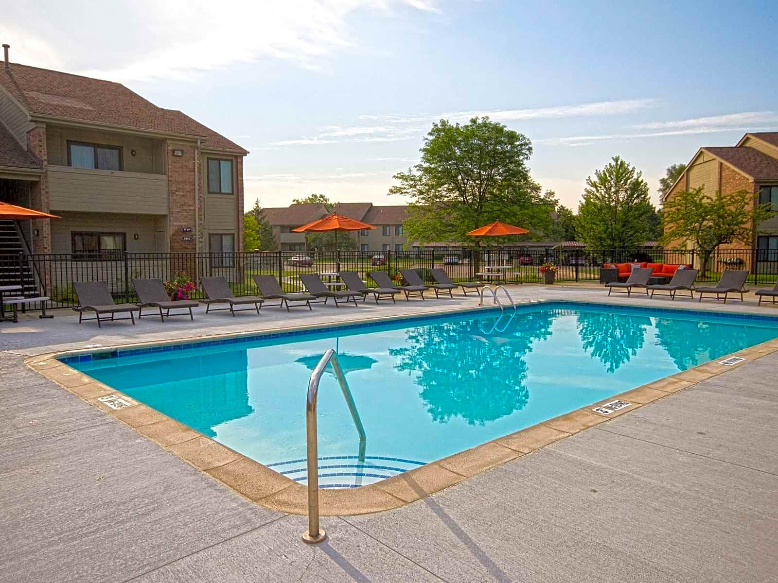 Shoal Creek Apartments Sterling Heights MI