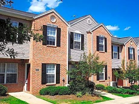 Photo: Spartanburg Apartment for Rent - $710.00 / month; 4 Bd & 2 Ba