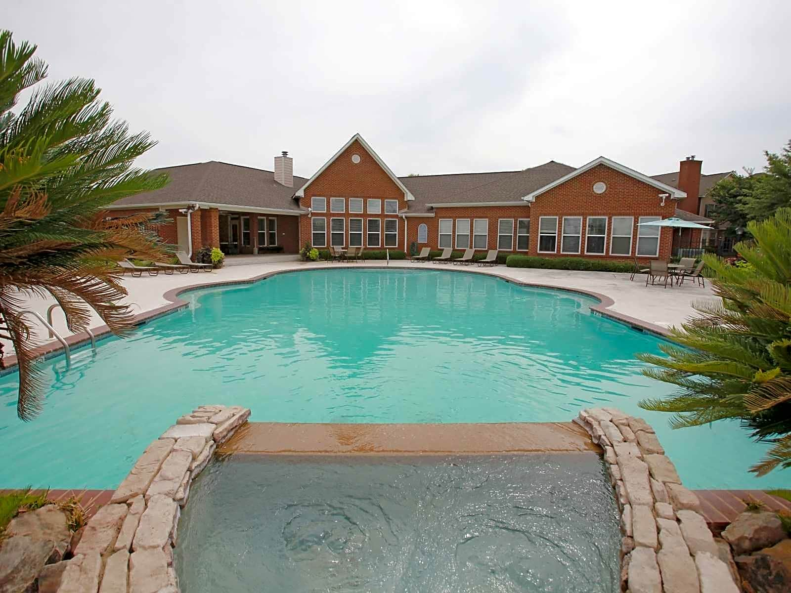 Barrington Place At Somerset Apartments In Montgomery Al