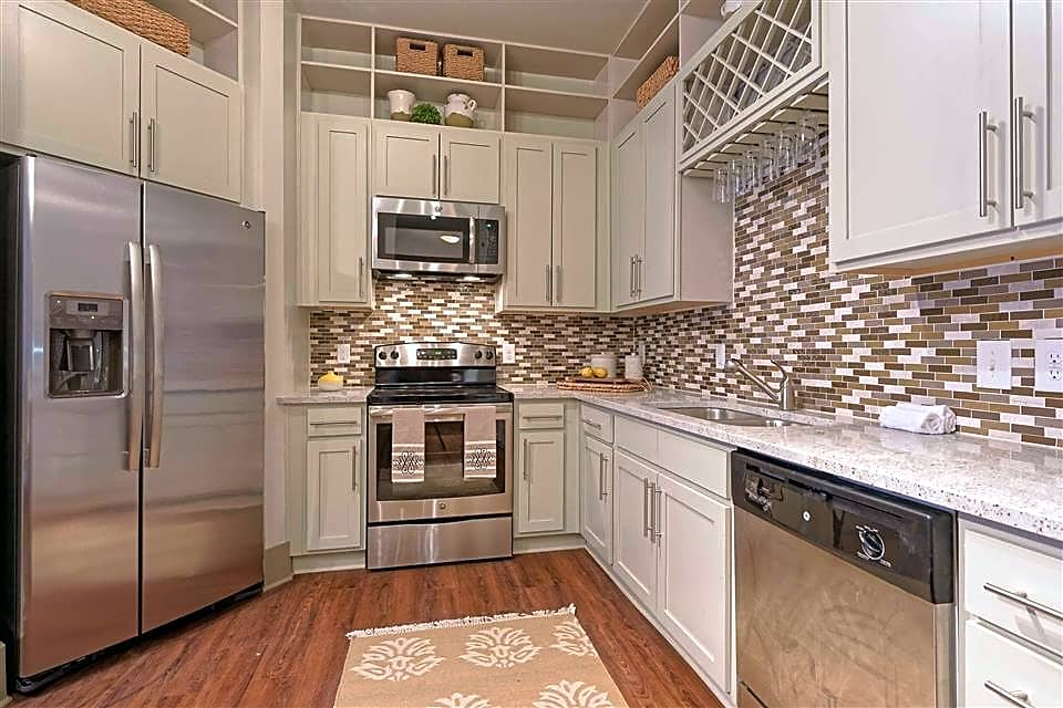 Deluxe kitchens with stainless steel appliances