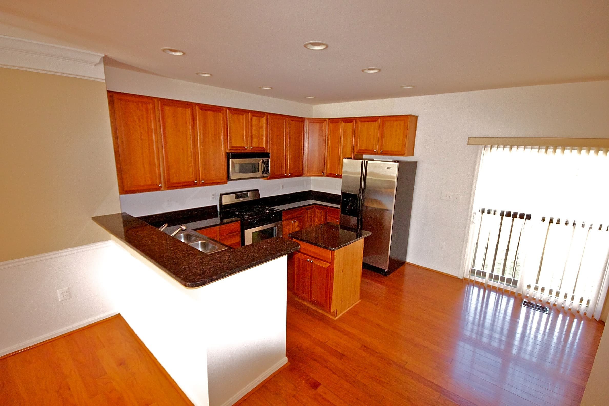 Condo for Rent in Ashburn