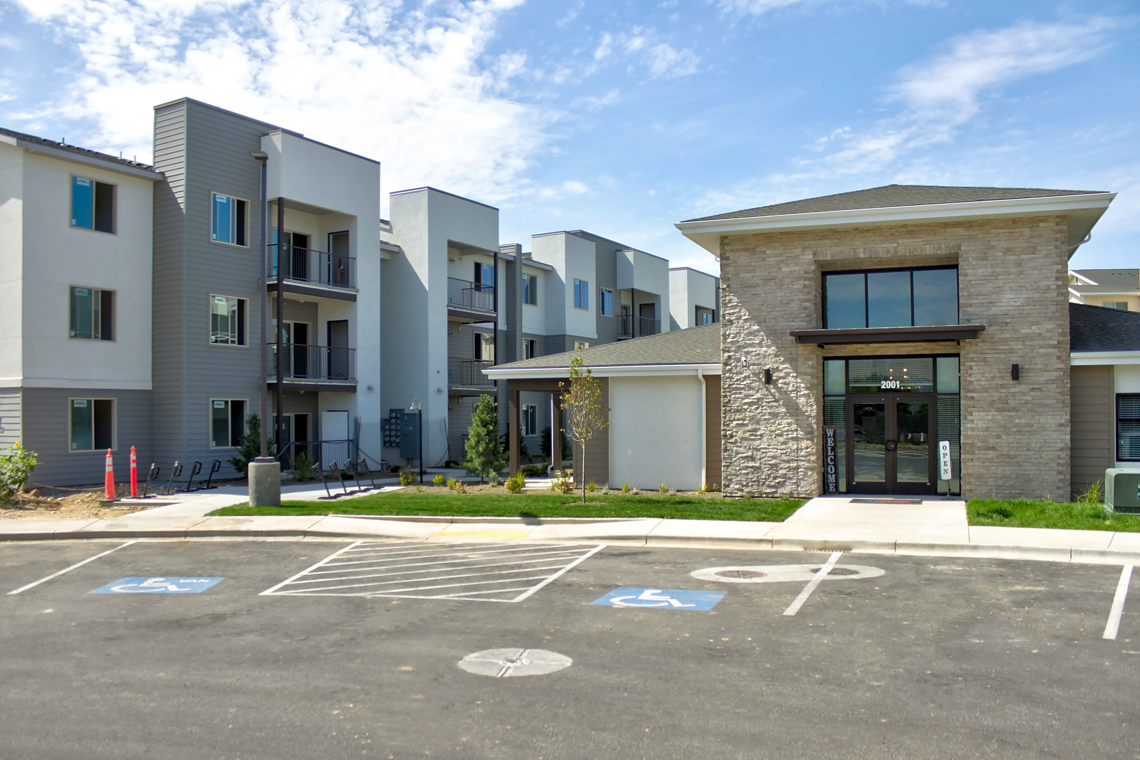 Apartments Near Boise State Arrive Skyline for Boise State University Students in Boise, ID