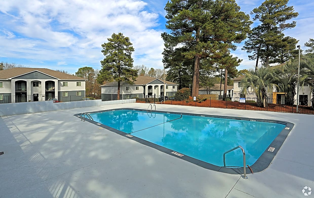 Apartments Near UofSC Waters At Longcreek for University of South Carolina Students in Columbia, SC