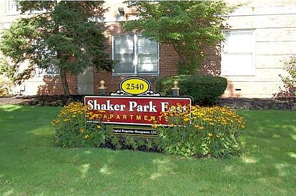 Apartments Near John Carroll Shaker House/Shaker Park East/Cormere Apartments for John Carroll University Students in Cleveland, OH