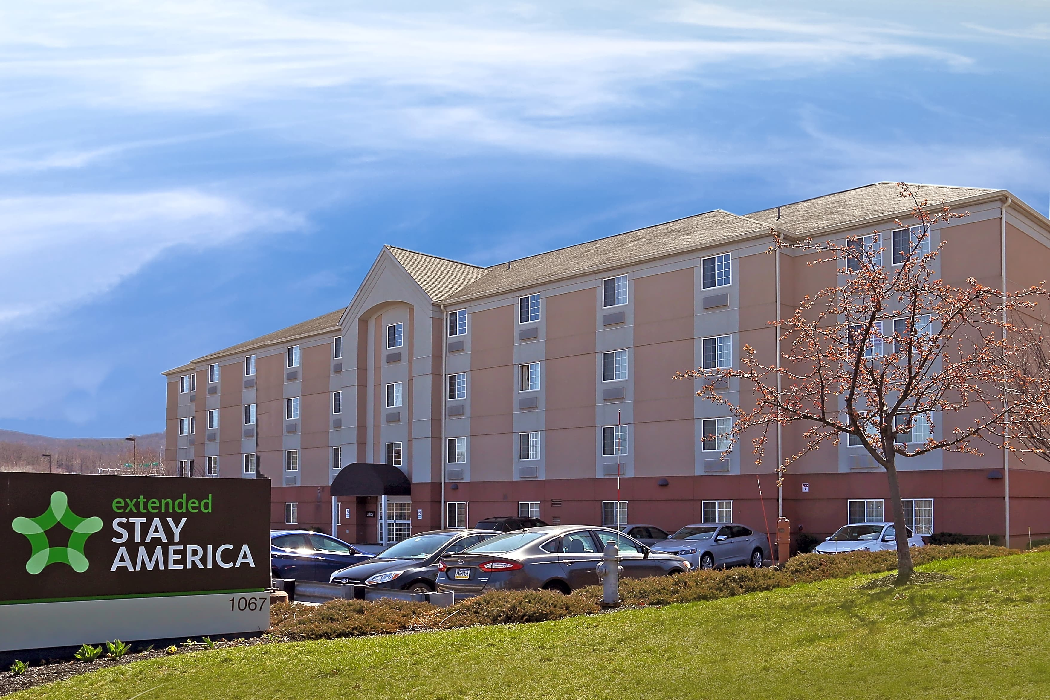 Apartments Near King's Furnished Studio - Wilkes-Barre - Hwy. 315 for King's College Students in Wilkes Barre, PA