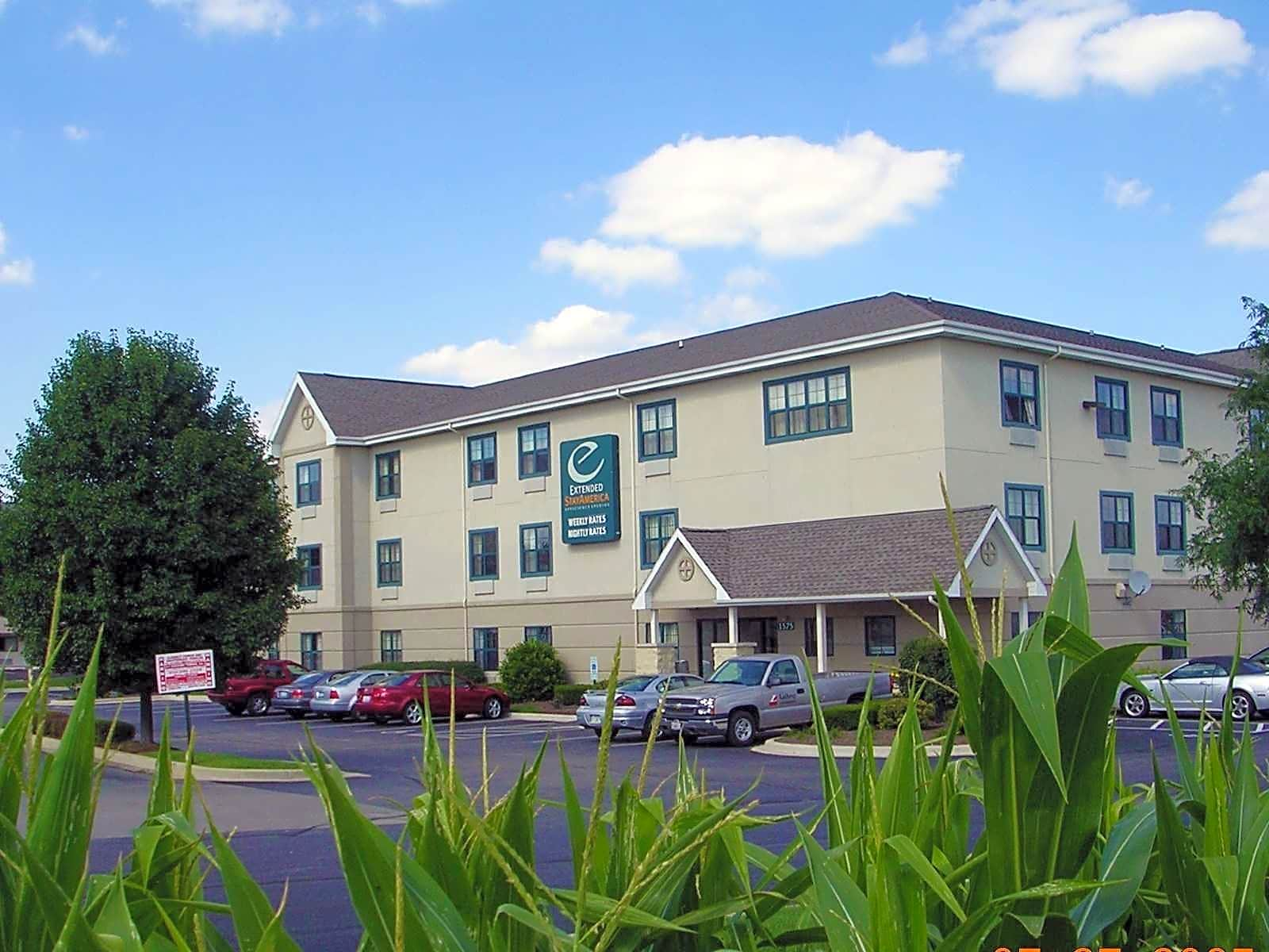 Apartments Near AIU Online Furnished Studio - Chicago - Hanover Park for American Intercontinental University Online Students in Hoffman Estates, IL