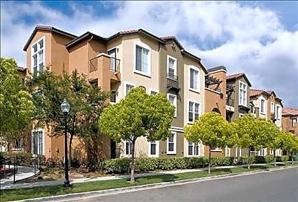 Photo: Valencia Apartment for Rent - $1415.00 / month; 1 Bd & 1 Ba