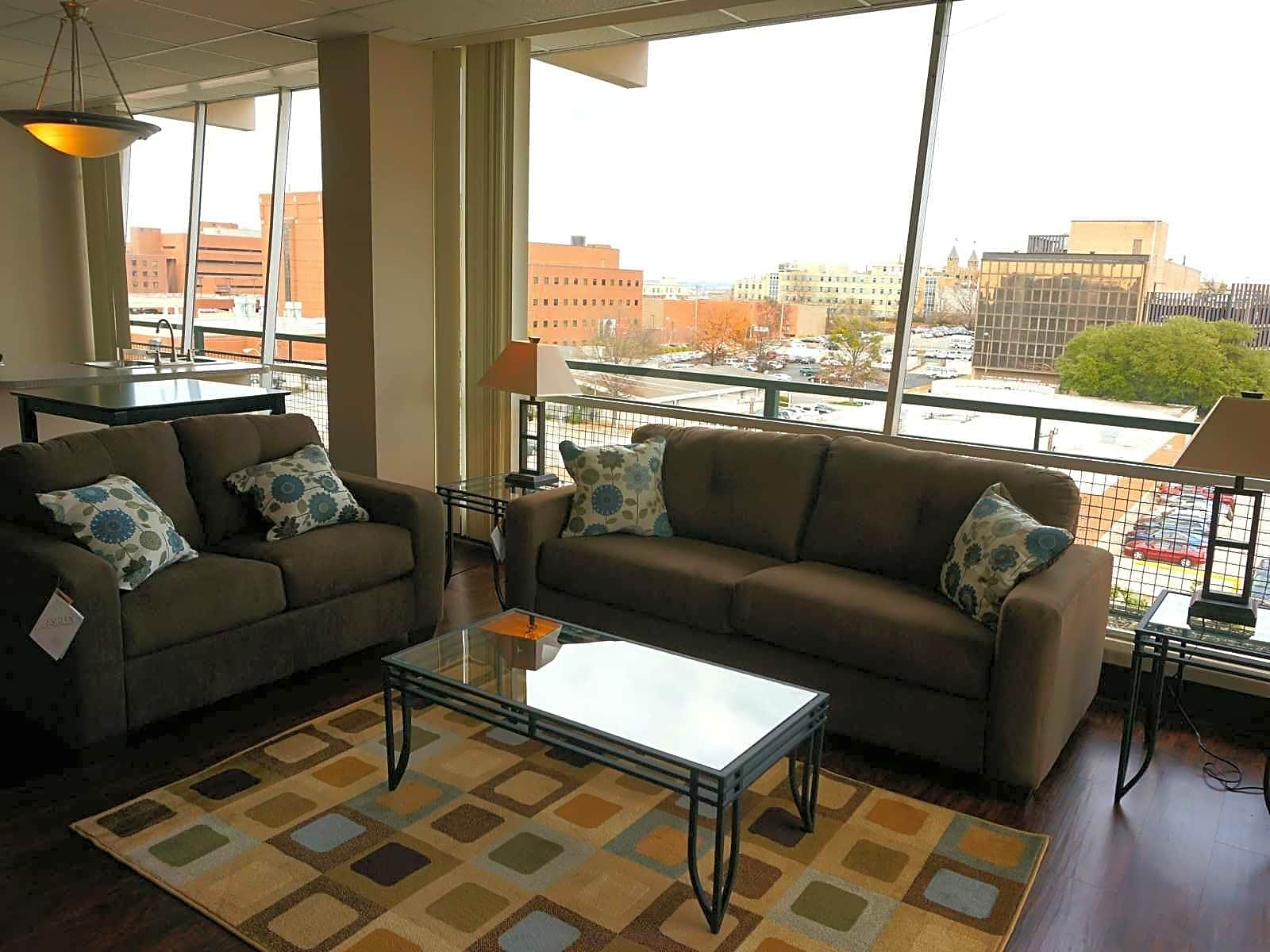 Apartments Near BSC University Place for Birmingham-Southern College Students in Birmingham, AL