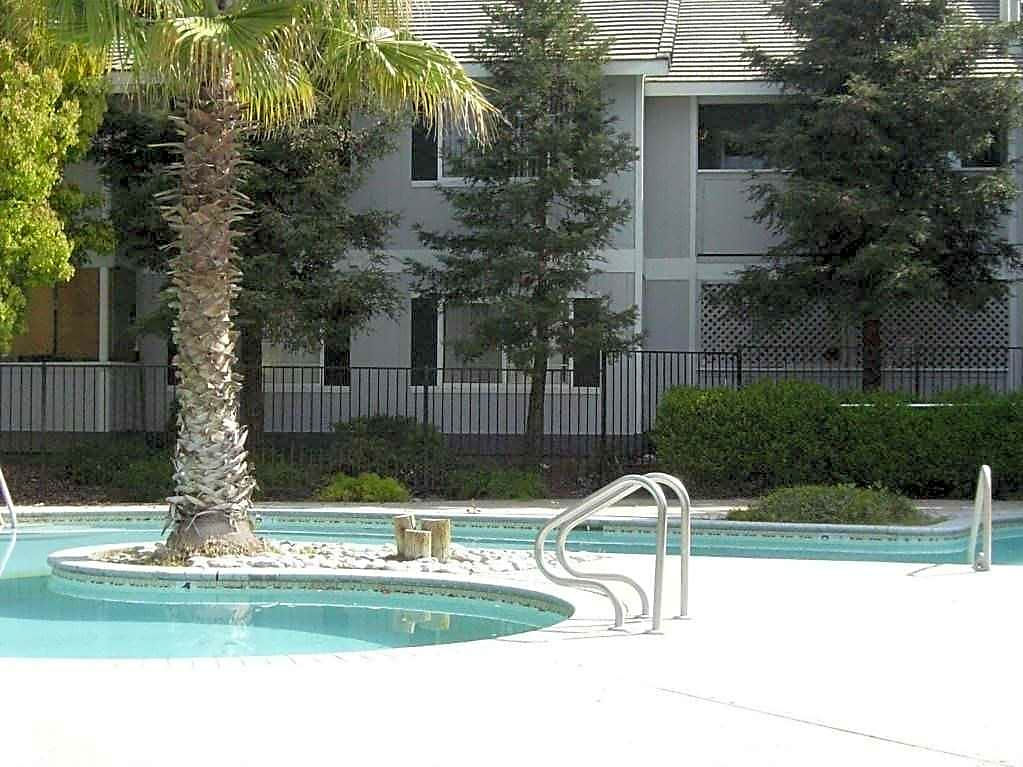 Apartments Near Merced Willowbrook Apartments for Merced College Students in Merced, CA