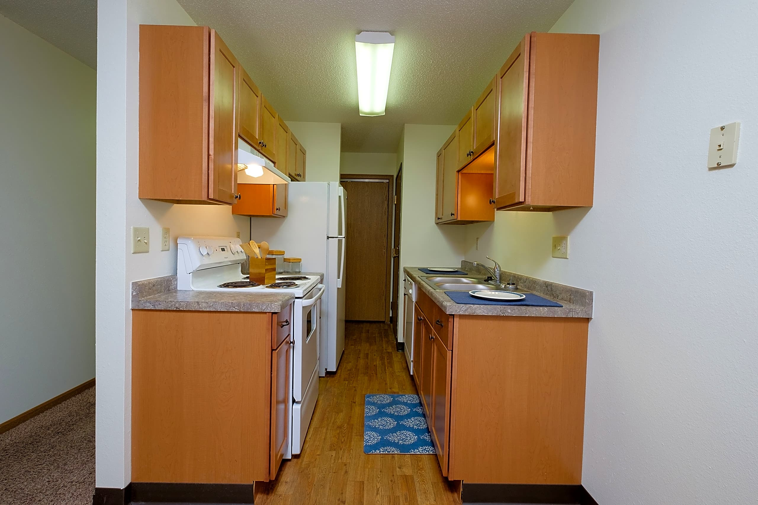 Apartments Near NDSU Luxford Court for North Dakota State University Students in Fargo, ND