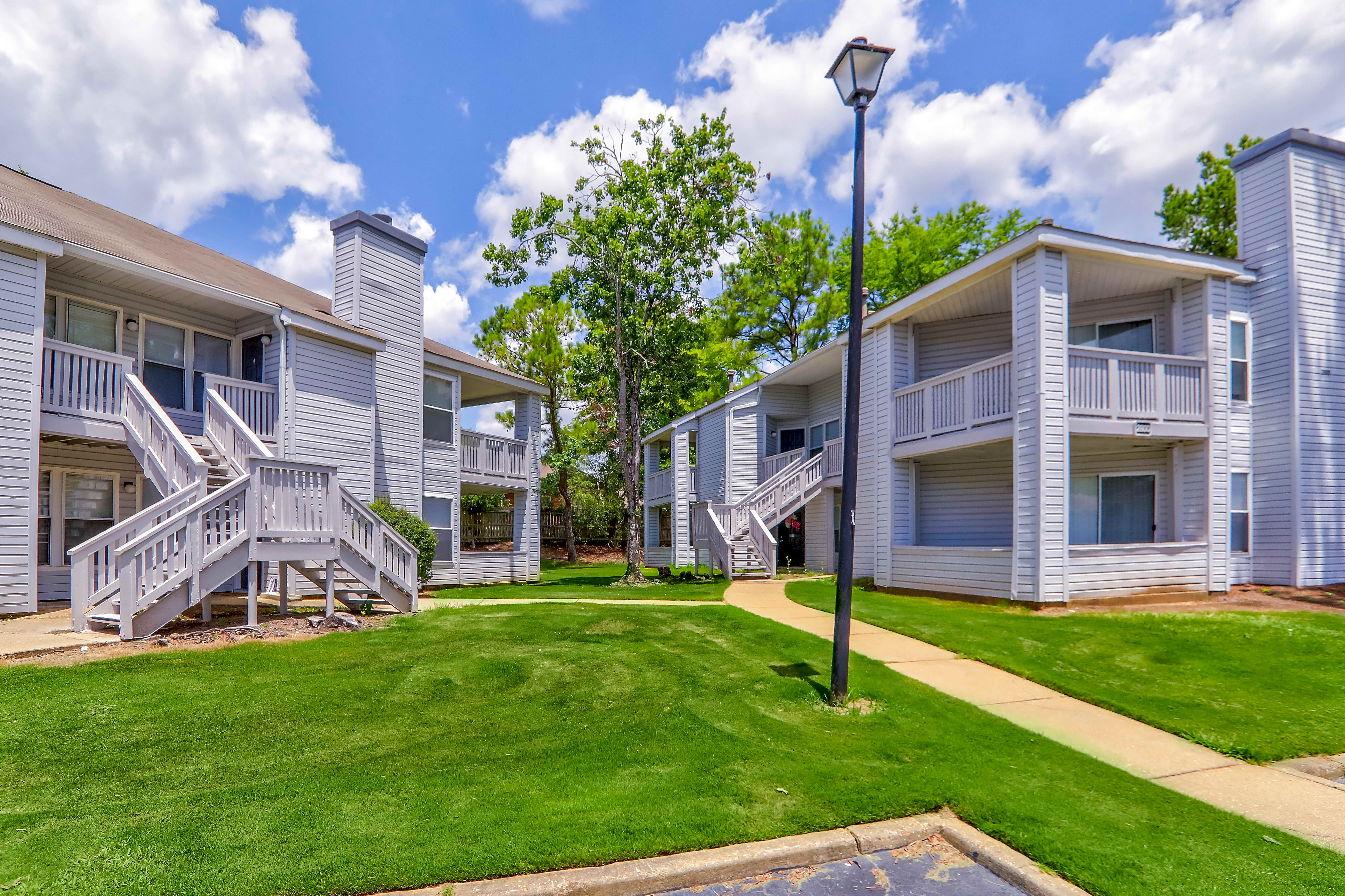 Apartments Near Auburn Montgomery Anthos at Belmont for Auburn University at Montgomery Students in Auburn, AL