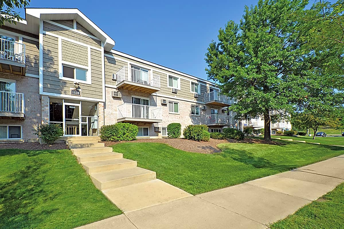 The Gates Of Deer Grove Apartments Palatine Il