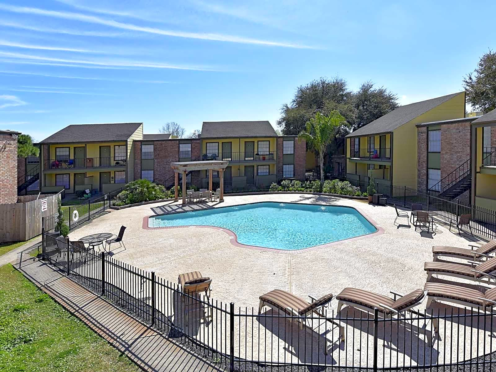 Bay Colony Apartments League City Tx