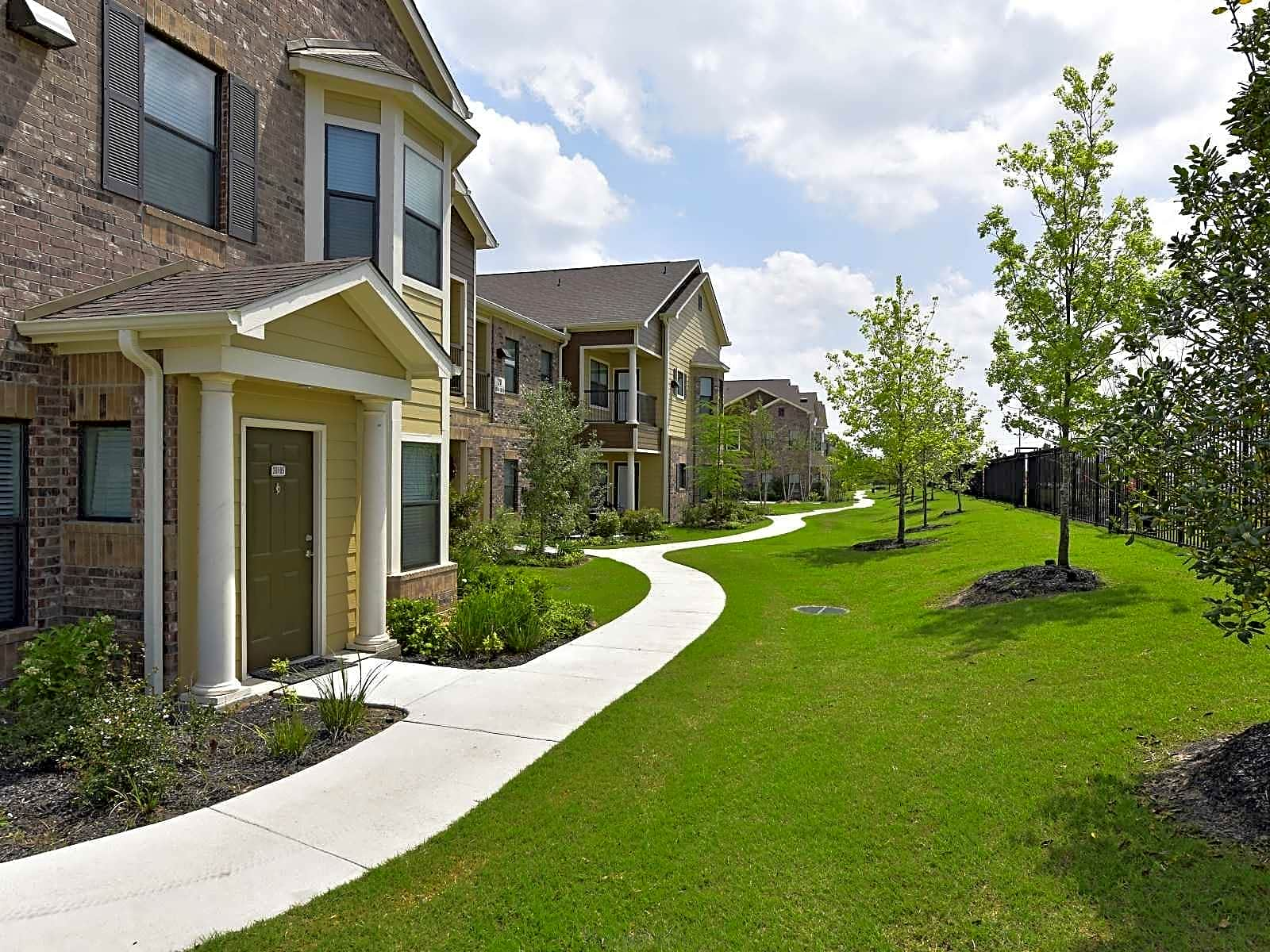 Timber Creek Place Apartments