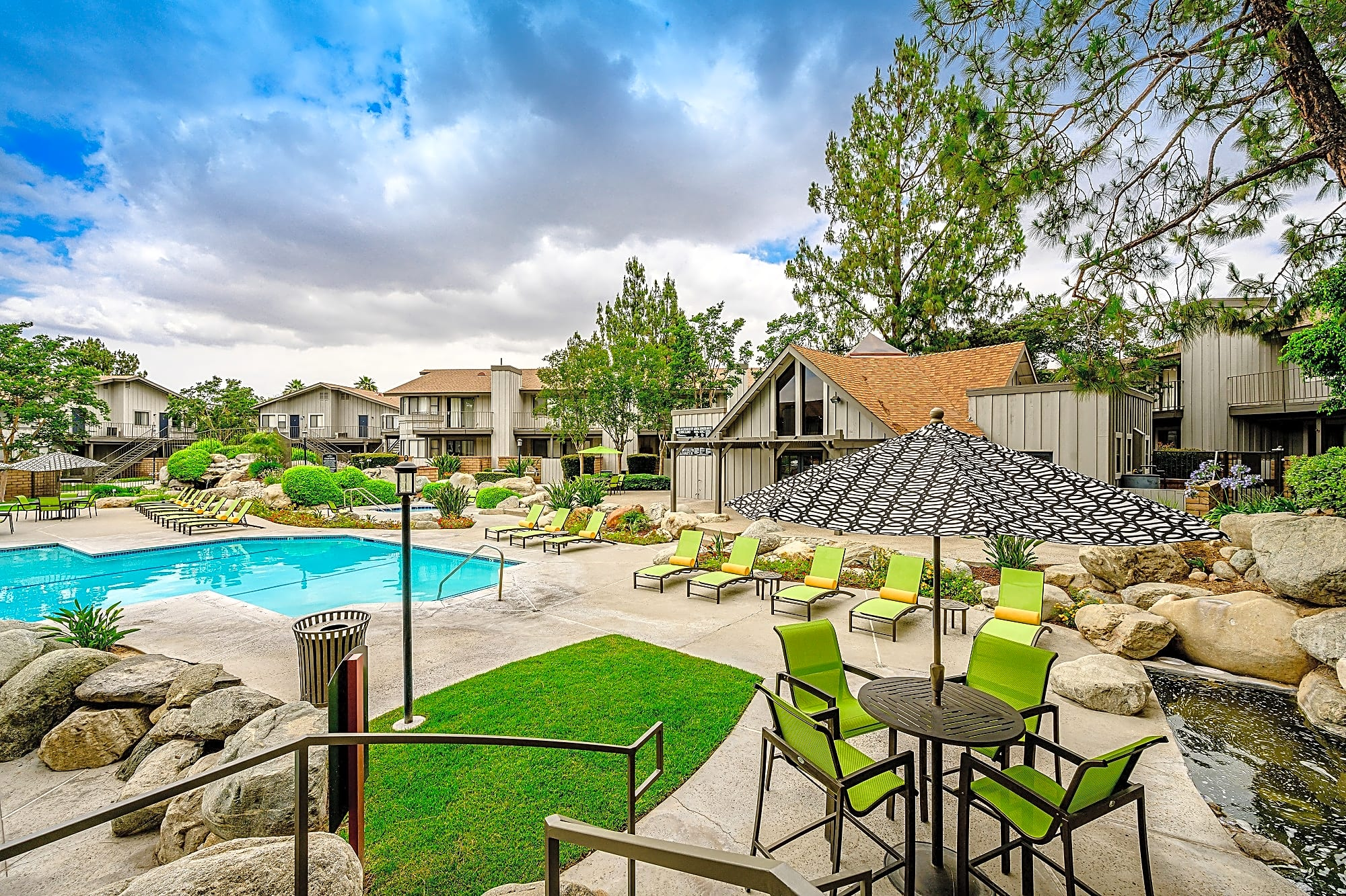 Apartments Near LLU Boulder Creek Apartments for Loma Linda University Students in Loma Linda, CA
