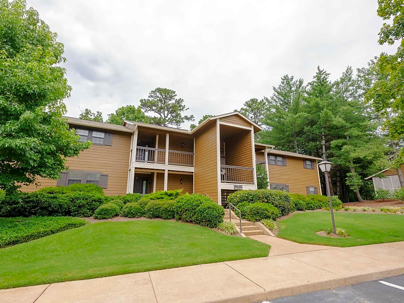 Photo: Chattanooga Apartment for Rent - $1285.00 / month; 3 Bd & 2 Ba