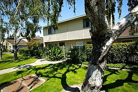 Photo: Manteca Apartment for Rent - $975.00 / month; 2 Bd & 1 Ba