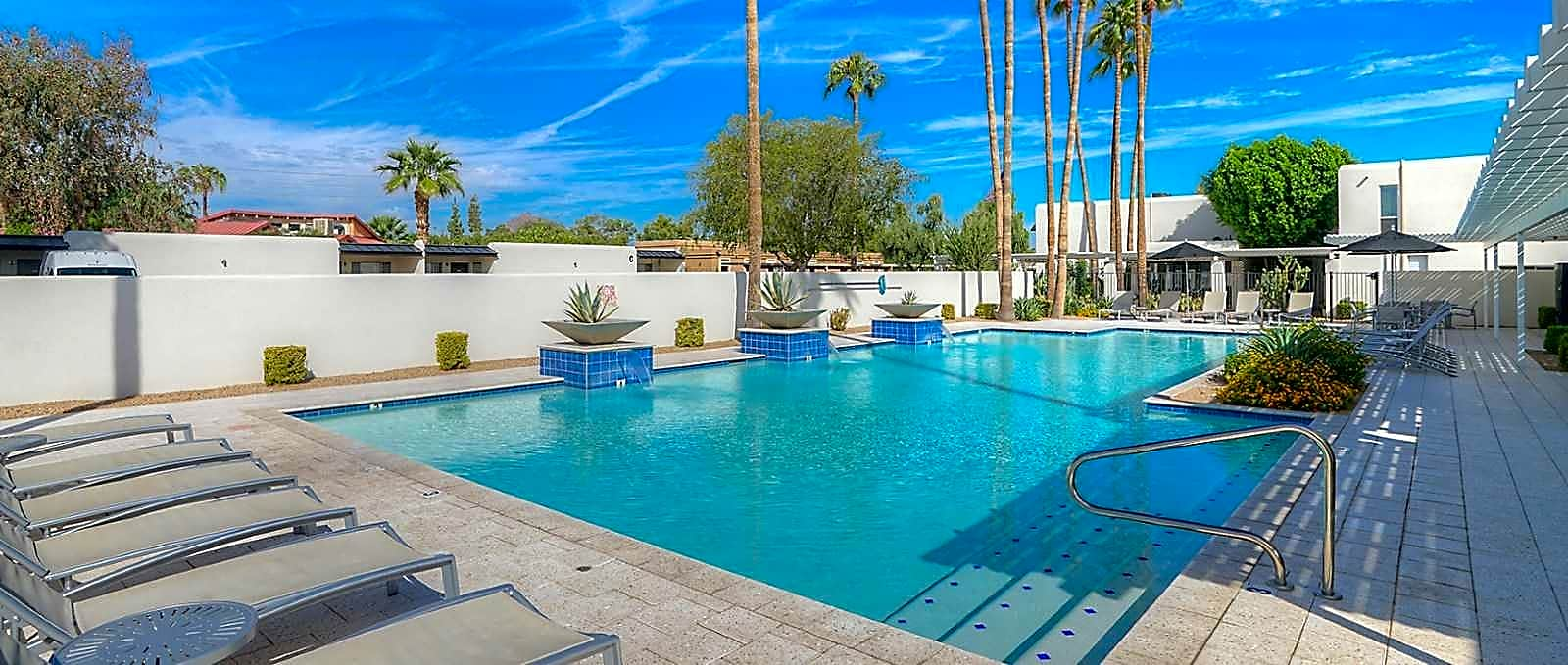 Apartments Near SCC Winfield of Scottsdale for Scottsdale Community College Students in Scottsdale, AZ