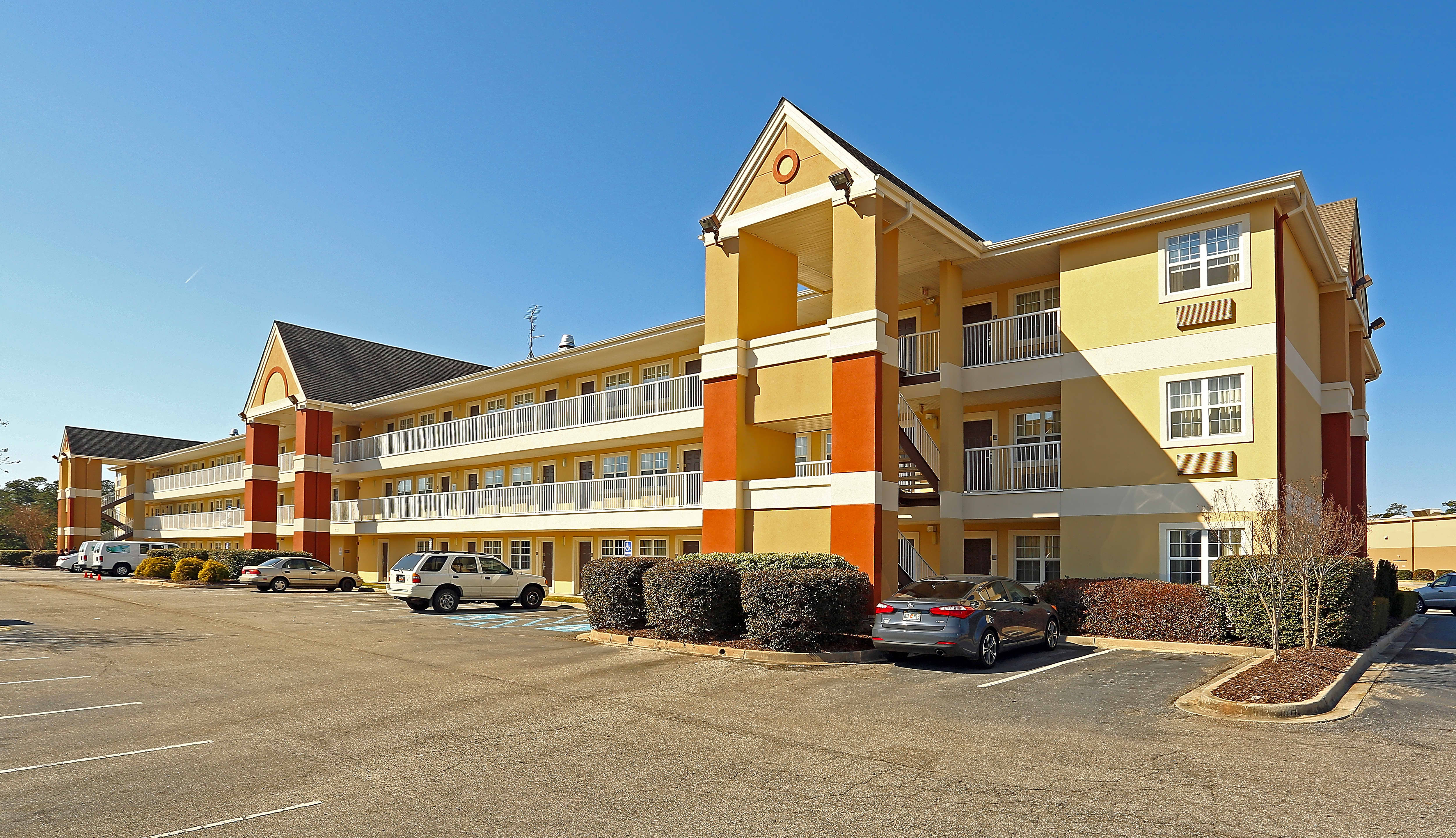 Apartments Near UofSC Furnished Studio - Columbia - Ft. Jackson for University of South Carolina Students in Columbia, SC