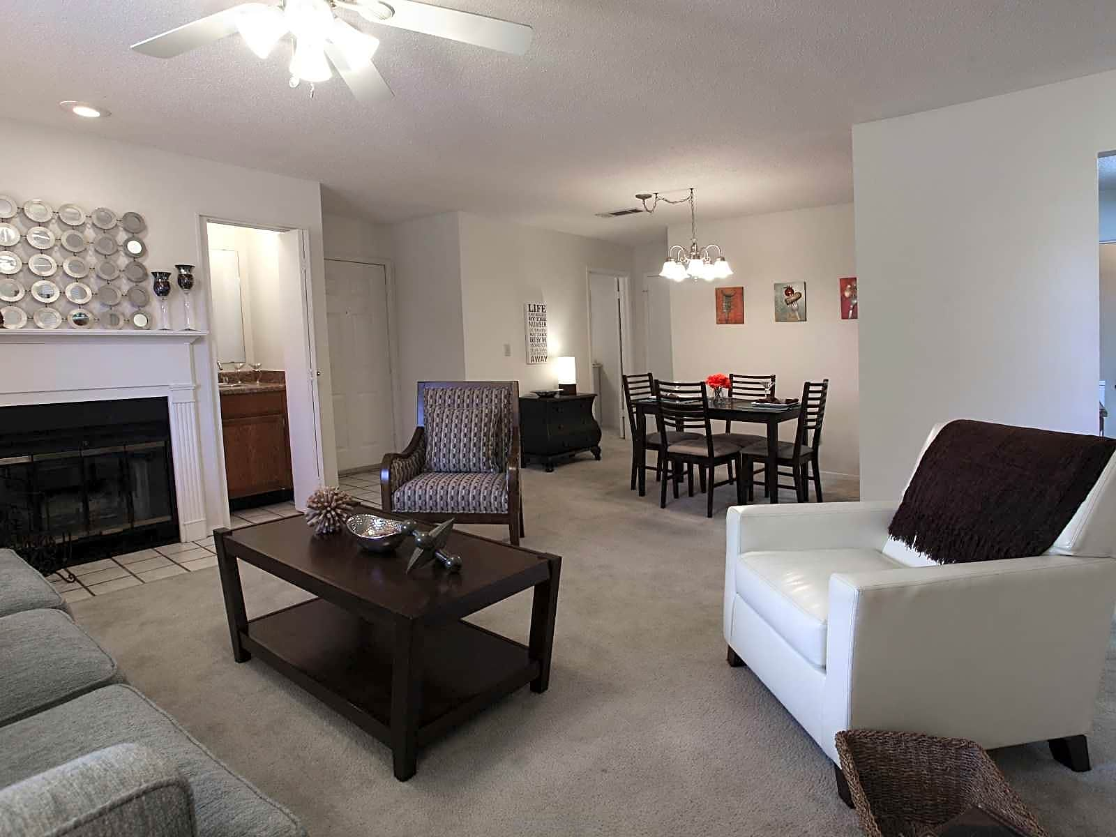 Apartments Near LSUS Spring Lake Point for Louisiana State University in Shreveport Students in Shreveport, LA