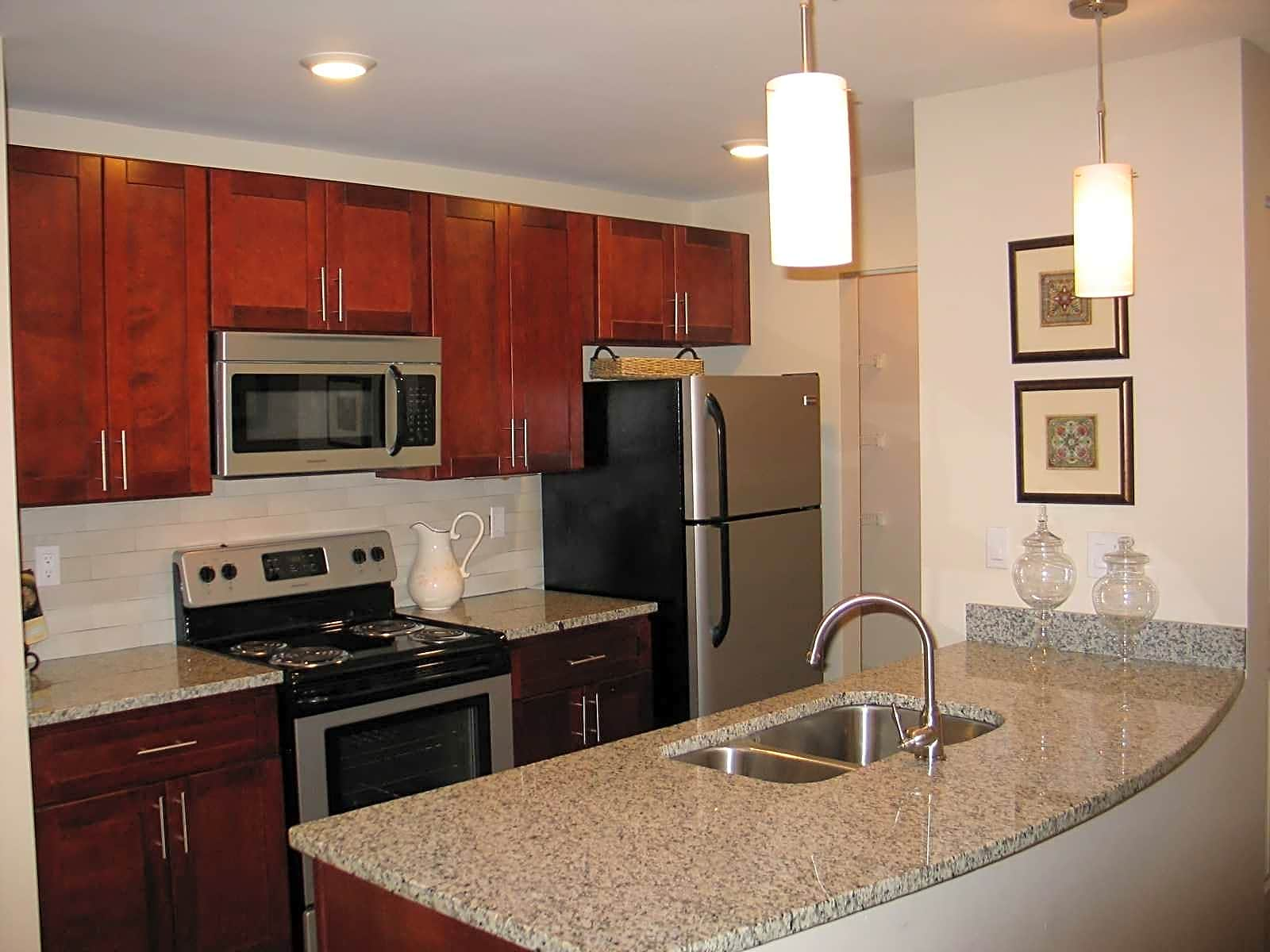 Photo: Columbia Apartment for Rent - $1999.00 / month; 3 Bd & 2 Ba