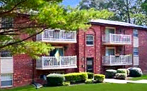 Apartments Near Delaware Korman Residential at The Villas for University of Delaware Students in Newark, DE