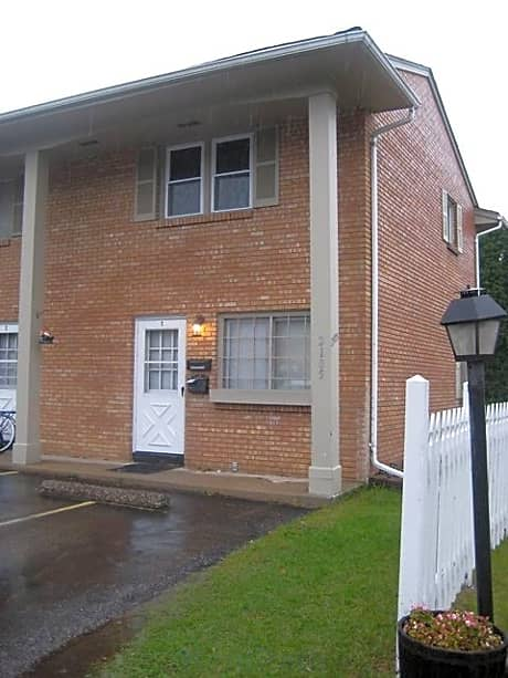 Photo: Bloomington Apartment for Rent - $950.00 / month; 2 Bd & 1 Ba