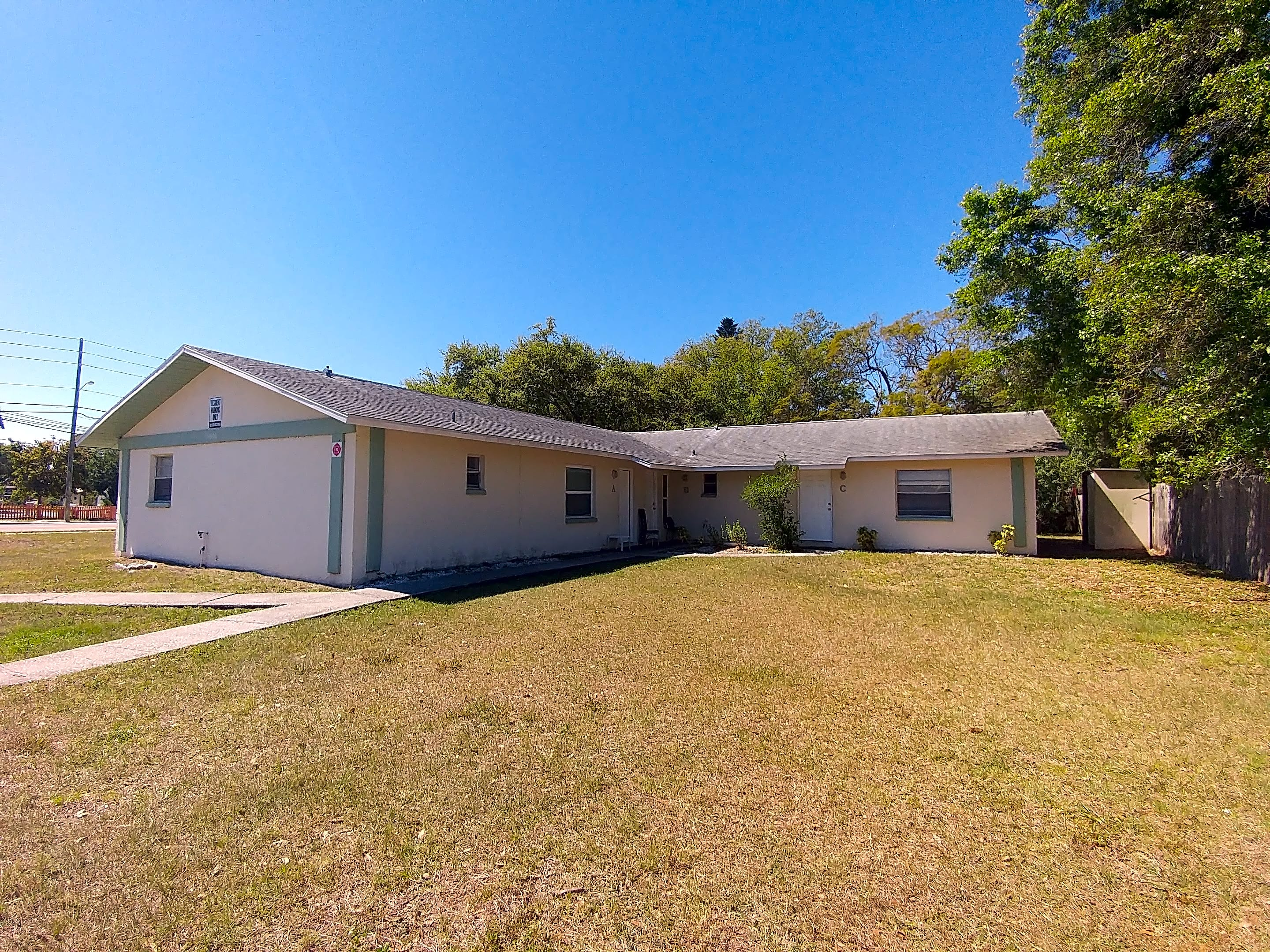 Duplex for Rent in Clearwater