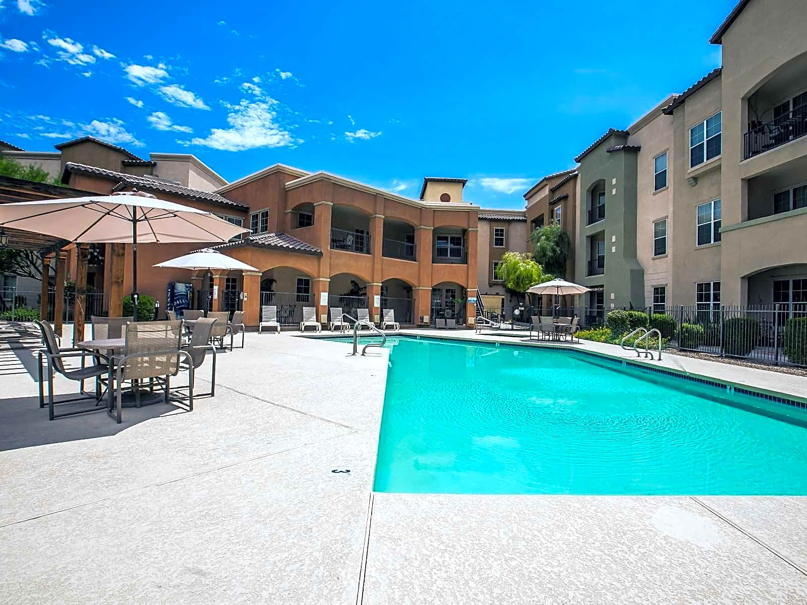 Apartments Near Glendale Az