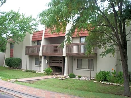 Photo: Wichita Apartment for Rent - $685.00 / month; 2 Bd & 2 Ba