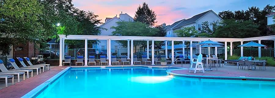Apartments Near Drew Avalon at Florham Park for Drew University Students in Madison, NJ