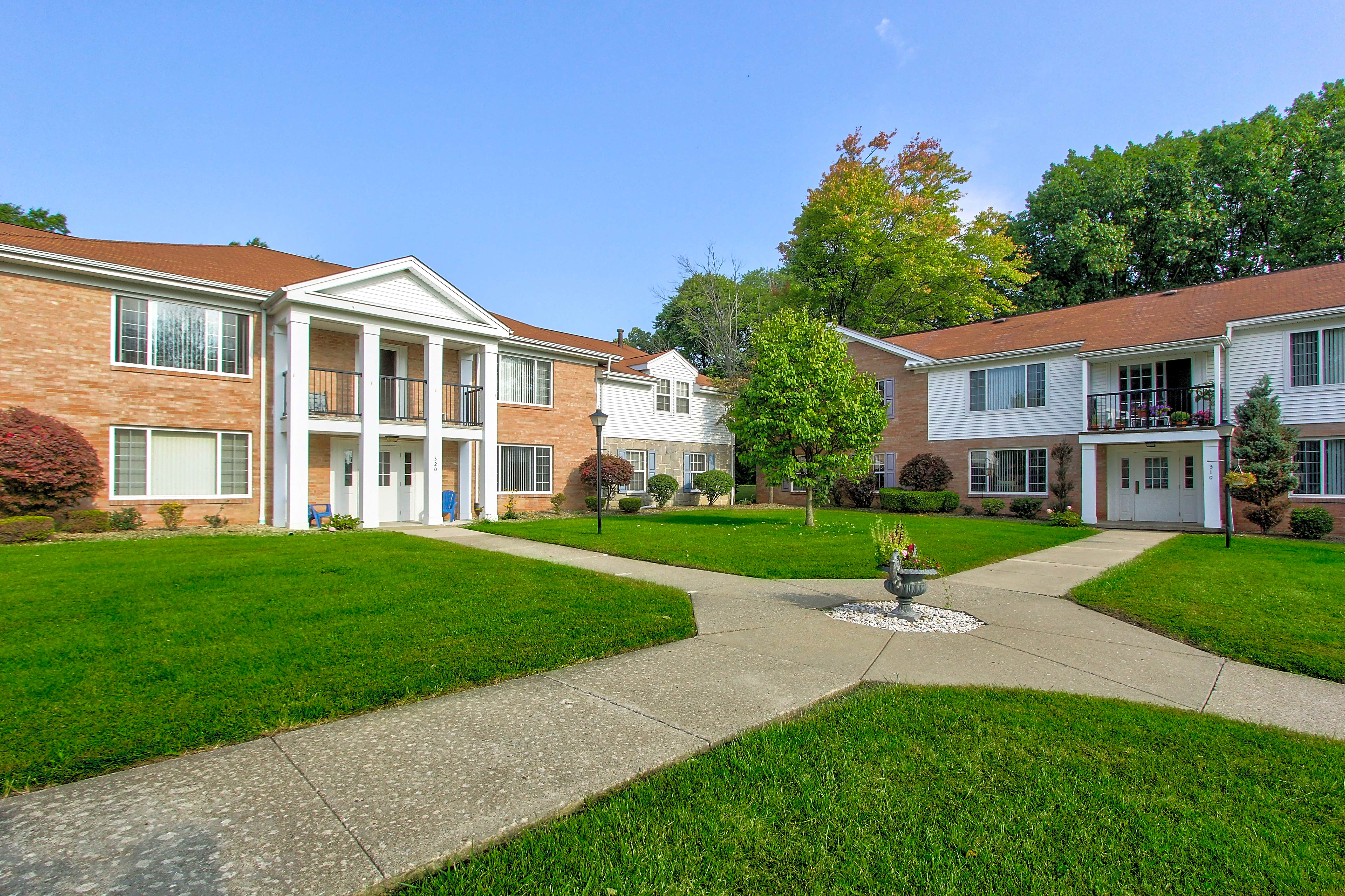 Apartments Near Thiel Hickory Arms/Penngrove Village for Thiel College Students in Greenville, PA