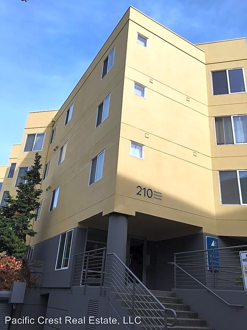 210 east blaine street apartments seattle wa 98102 for Art institute of seattle parking garage