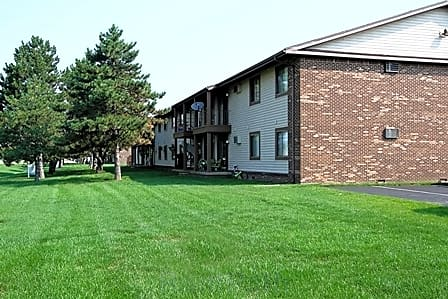 Photo: Perrysburg Apartment for Rent - $669.00 / month; 2 Bd & 1 Ba