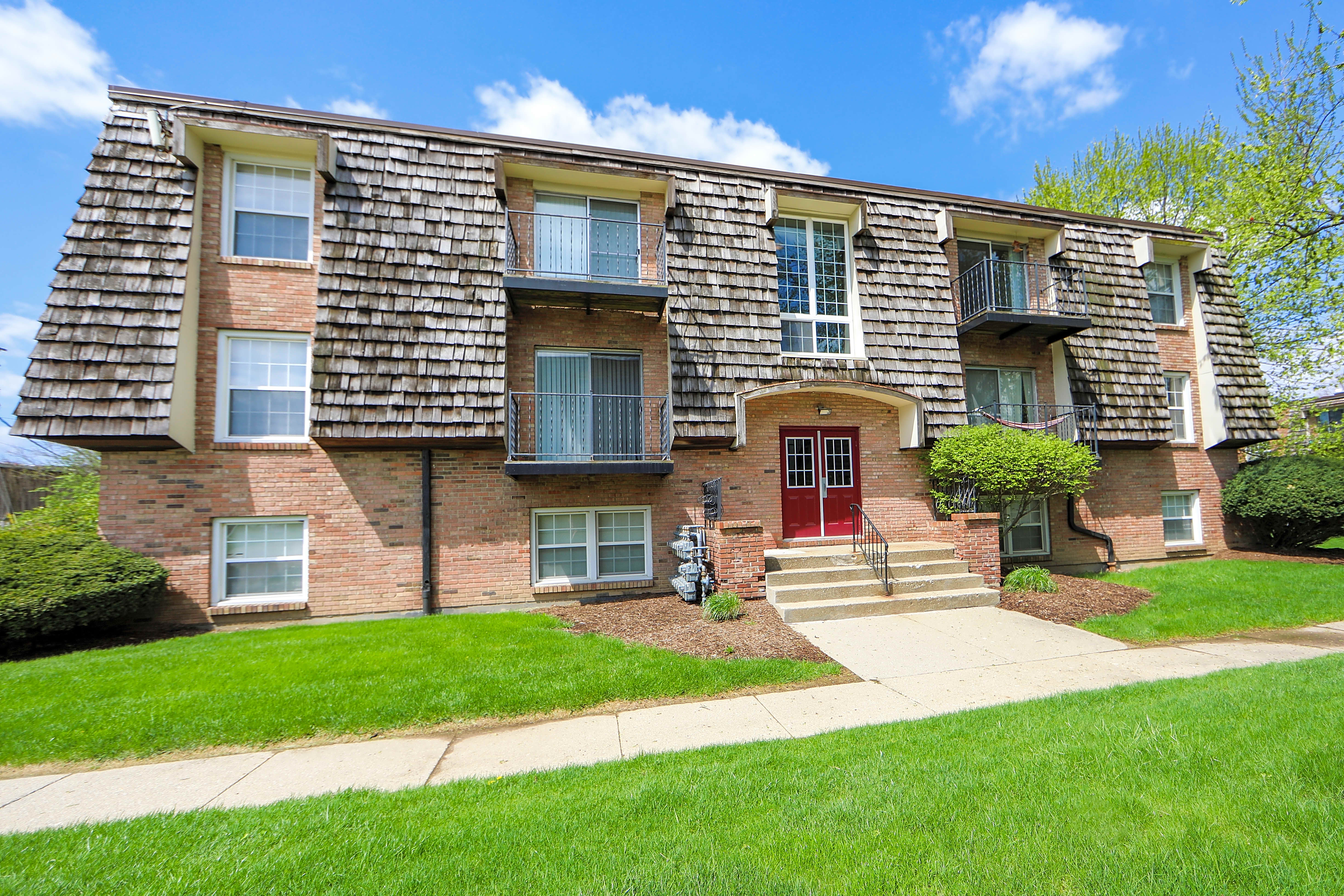 Apartments Near Tricoci University of Beauty Culture-Lafayette Beau Jardin for Tricoci University of Beauty Culture-Lafayette Students in Lafayette, IN