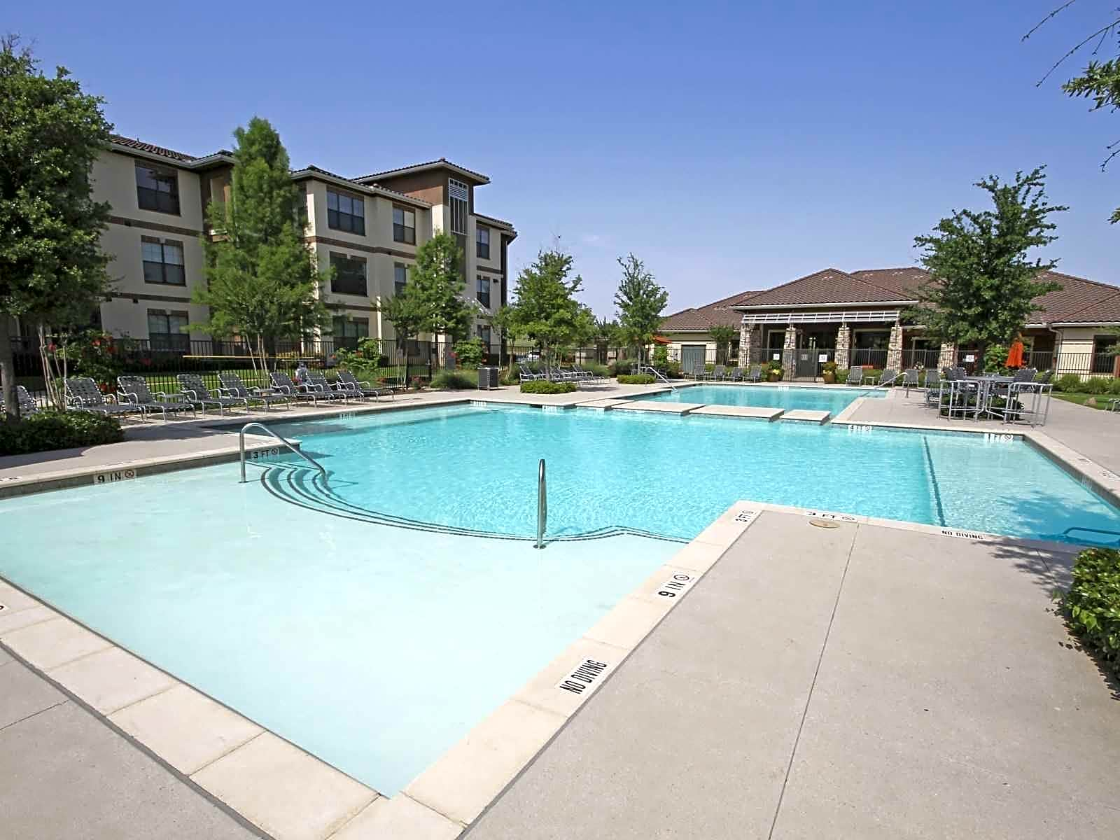 Apartments and houses for rent in 76137 for Garden gate apartments fort worth tx