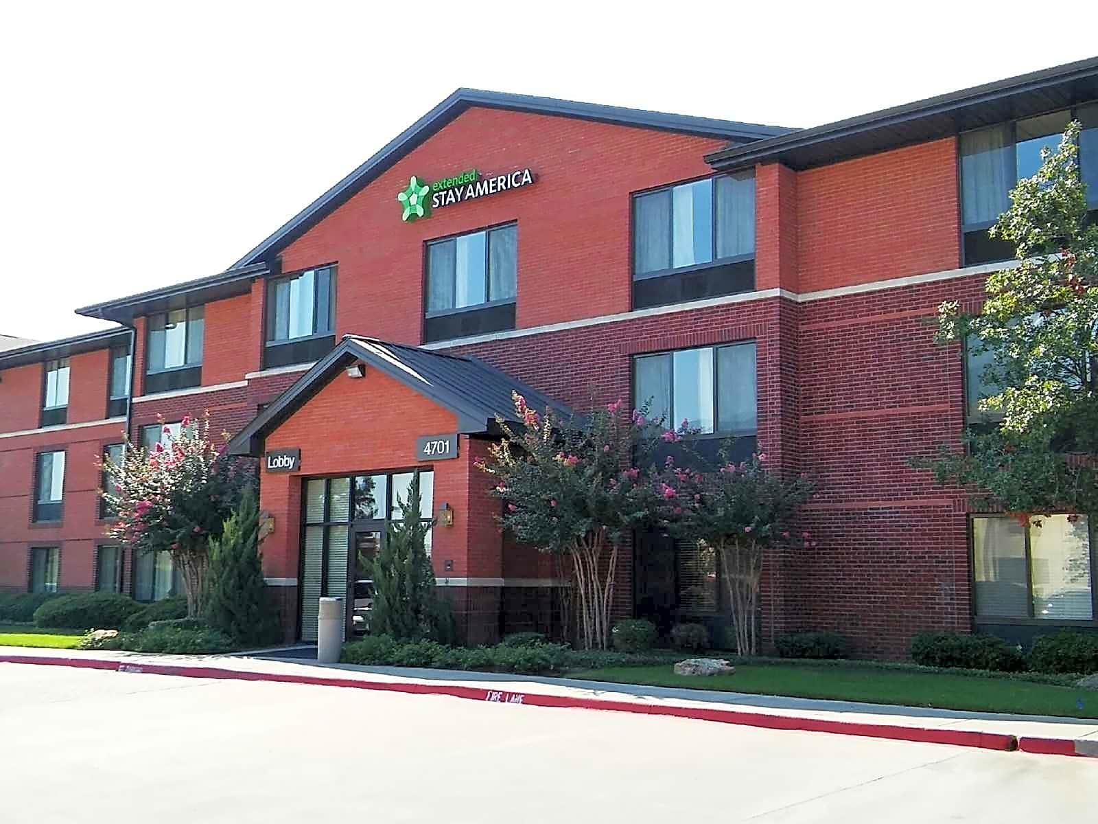 Apartments Near Southwestern Furnished Studio - Fort Worth - Southwest for Southwestern Baptist Theological Seminary Students in Fort Worth, TX