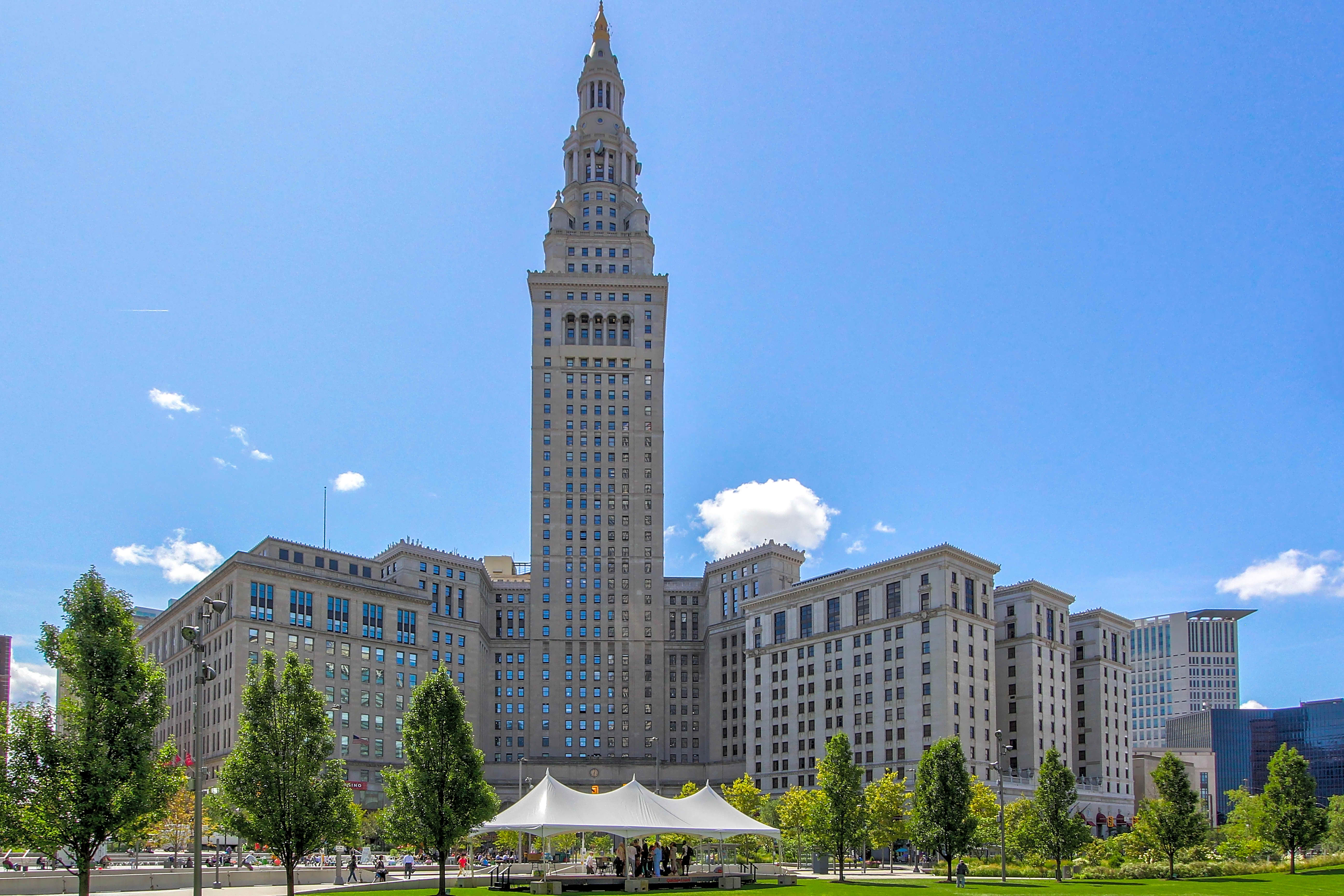 Apartments Near CSU The Terminal Tower Residences for Cleveland State University Students in Cleveland, OH