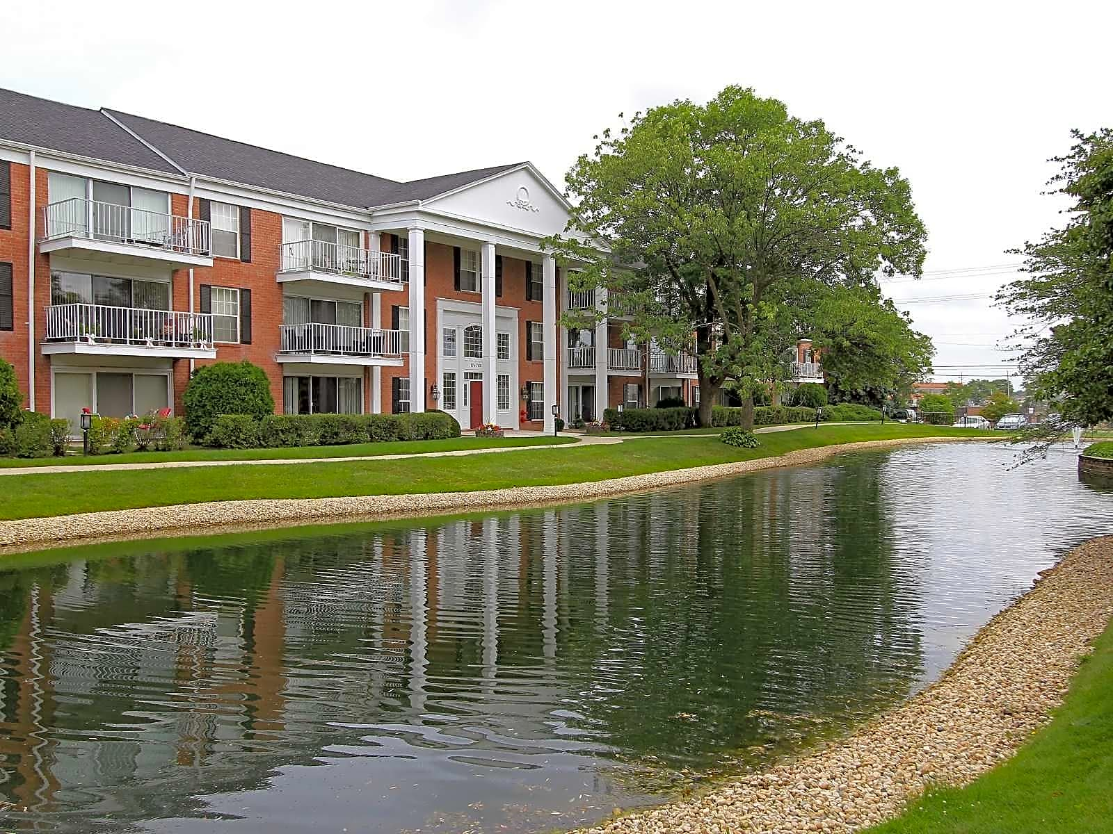 Apartments Near Midwestern University Downers Grove
