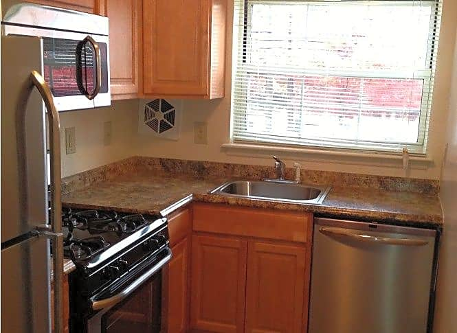 Apartments Near Ramapo Radnor Manor for Ramapo College of New Jersey Students in Mahwah, NJ