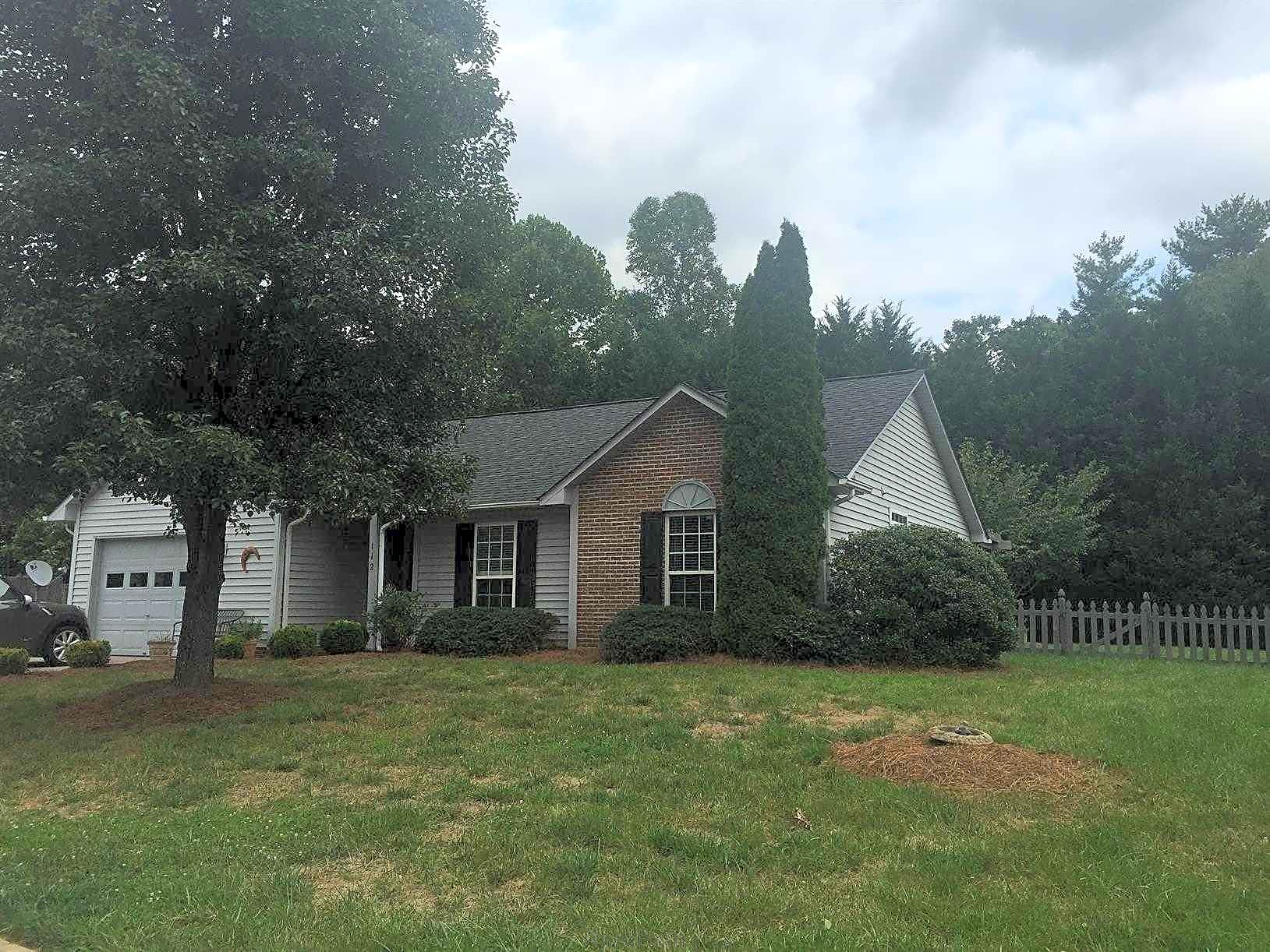 House for Rent in Fletcher