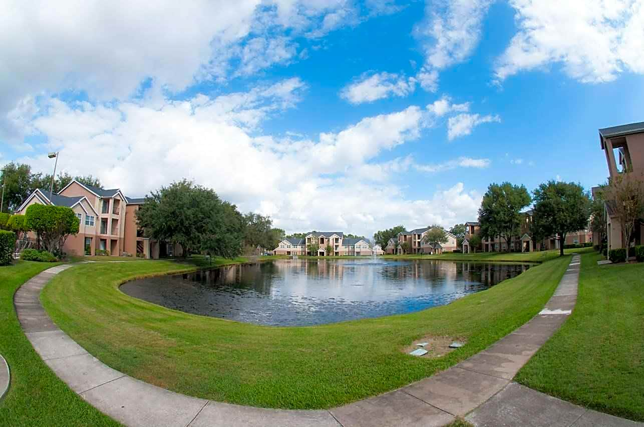 Apartments Near UCF River Park Apartments for University of Central Florida Students in Orlando, FL