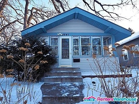 2 Bedroom home in South Minneapolis.