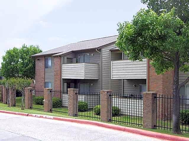 Photo: Irving Apartment for Rent - $999.00 / month; 3 Bd & 2 Ba