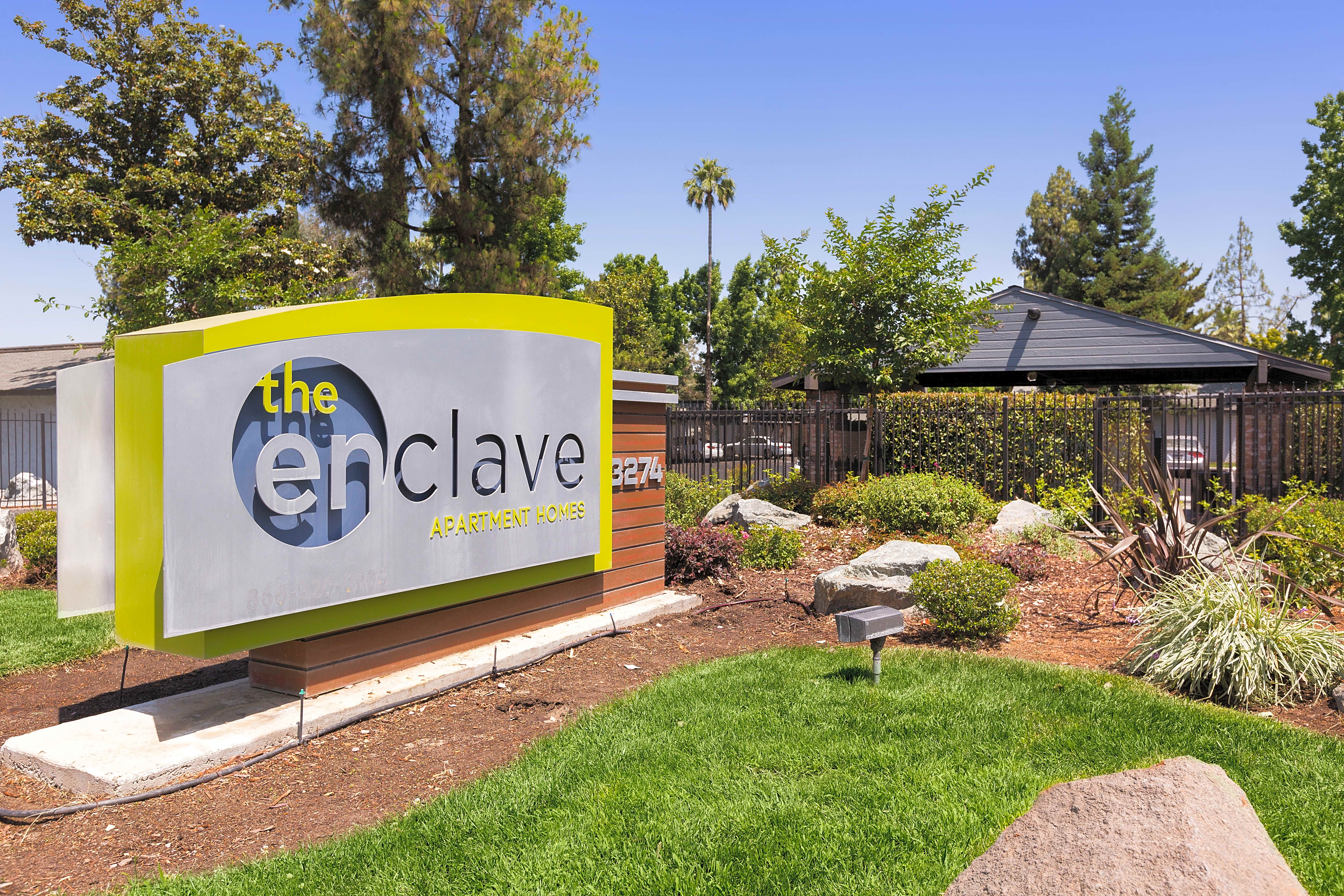 Apartments Near Fresno City College | College Student Apartments