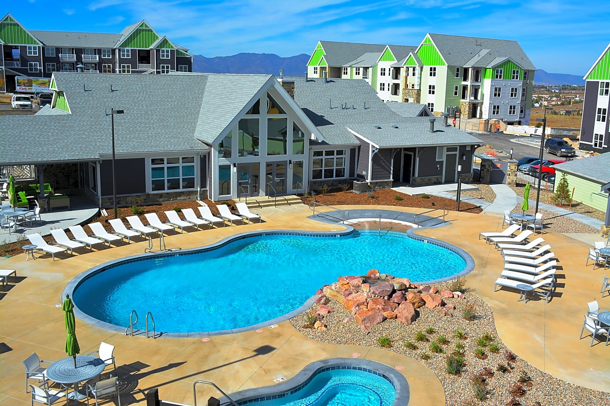 Apartments Near Arkansas Lodge at Black Forest for Arkansas Students in , AR